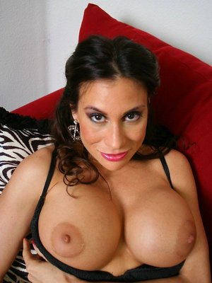 Mature Latina Tits Photos