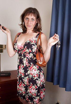 Housewife Mature Photos