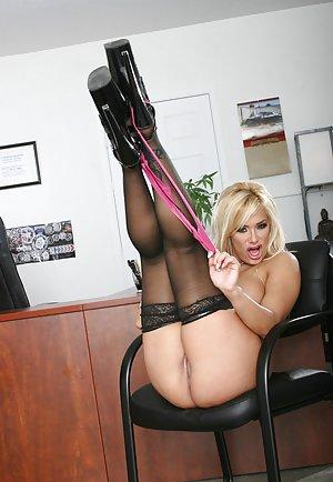 Sexy Mature Heels Photos