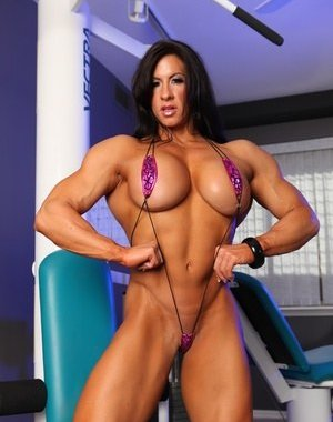 Muscle Mature Photos