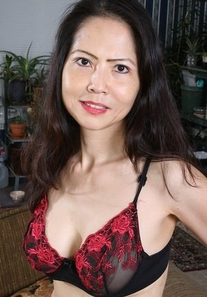 Korean Mature Photos