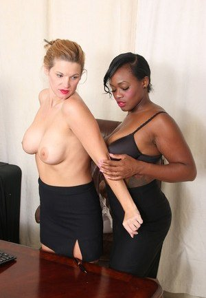 Mature Lesbian Interracial Photos