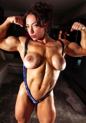 Muscle Mature Photos