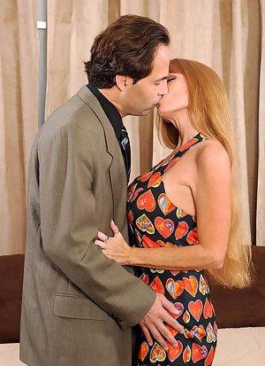 Busty Mature Kissing Photos